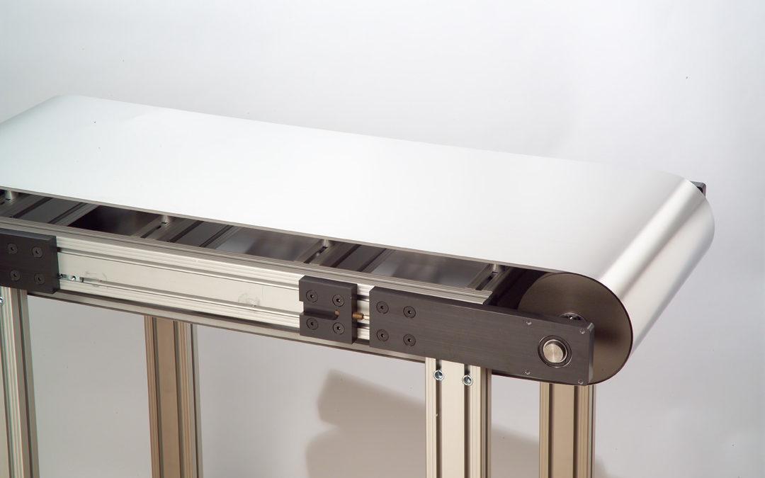 Tapis métallique plein pour extrudeuse de billes de plastique